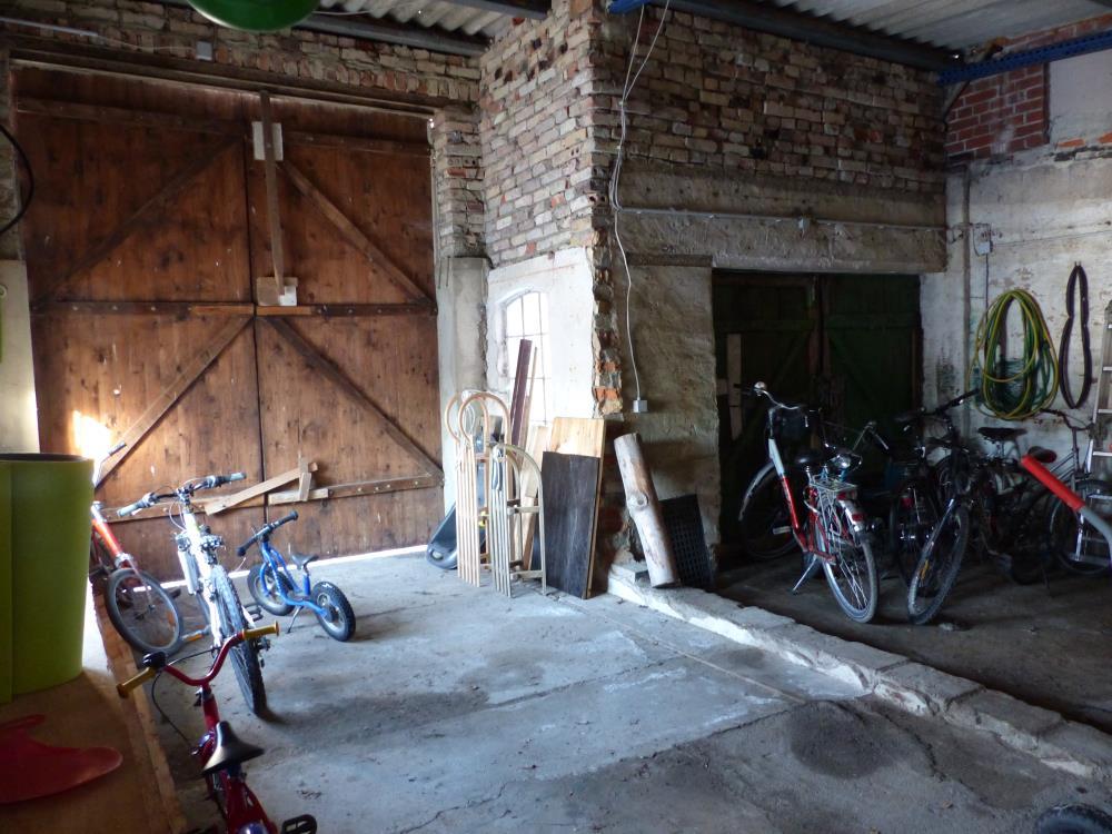 gr. Garage